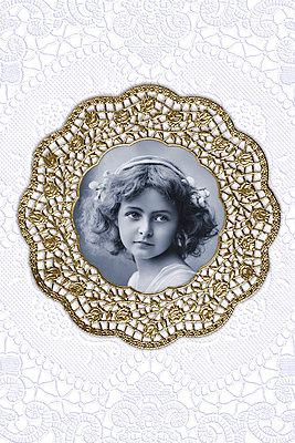 Collage aus Spitzendeckchen - p4150447 von Tanja Luther