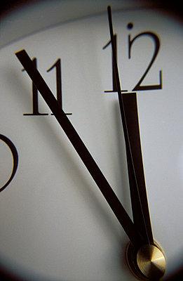 Clock - p1990058 by Oliver Jäckel