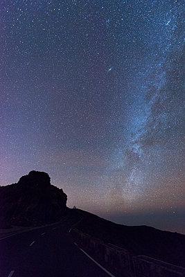 Light pollution - p608m1109912 by Jens Nieth