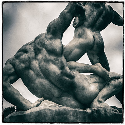 Wrestlers Sculpture - p1154m1138619 by Tom Hogan