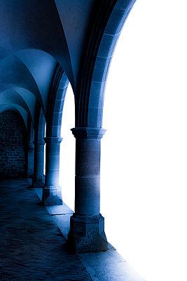 Säulen am Kreuzgang - p2481222 von BY
