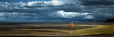 Panoramic format - p844m1118977 by Markus Renner