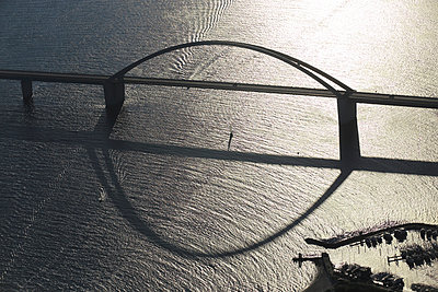 Fehmarnsundbrücke - p1016m987707 von Jochen Knobloch