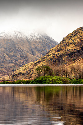 Lochan Urr, mountain lake, Scotland - p1652m2230708 by Callum Ollason