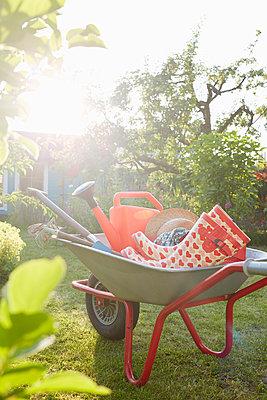 Gartenwelt - p464m1152352 von Elektrons 08