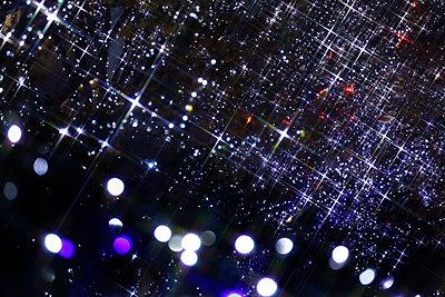 Christmas Illuminations - p307m1011971f by Tetsuya Tanooka