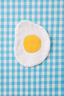 Fried egg - p4541533 by Lubitz + Dorner
