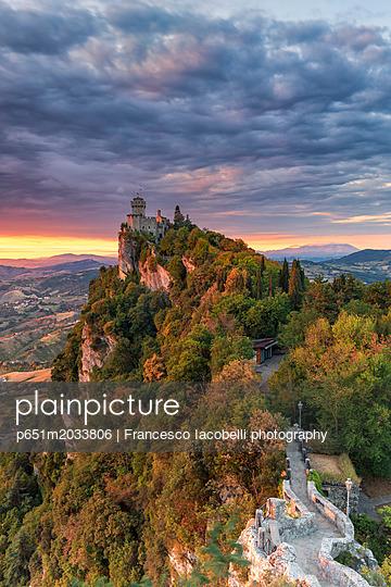 p651m2033806 von Francesco Iacobelli photography