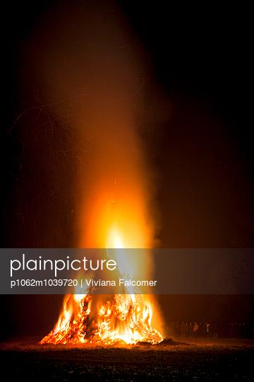 Epiphany fire - p1062m1039720 by Viviana Falcomer