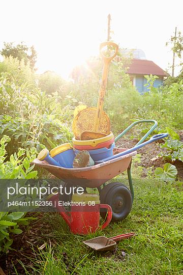 Kinder-Garten - p464m1152356 von Elektrons 08