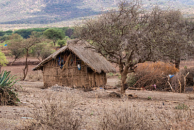 Adobe house Tanzania - p1691m2288579 by Roberto Berdini Bokeh