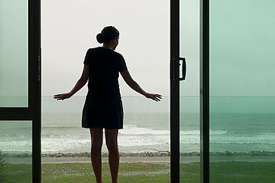 Zimmer mit Meerblick - p470m2020296 von Ingrid Michel