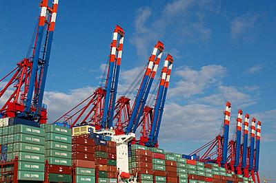 Containerbrücke - p1099m882848 von Sabine Vielmo