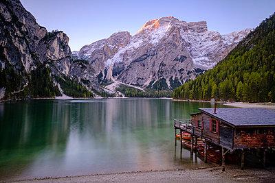 Italy, South Tyrol, Pragser Wildsee - p300m1191778 by Hans Mitterer