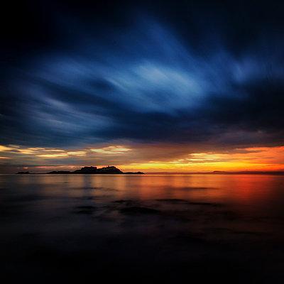 Great Britain, Scotland,  East Lothian, North Berwick, Yellowcraigs, Fidra Island, Lighthouse - p300m911422f by Scott Masterton