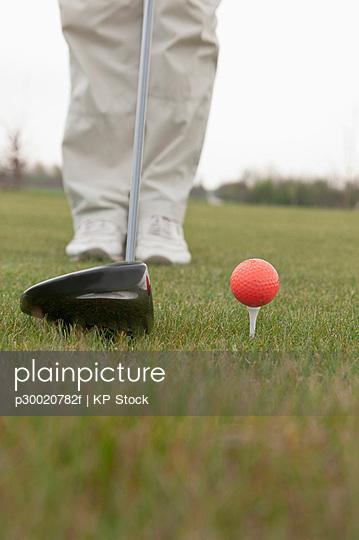 Golfer playing golf