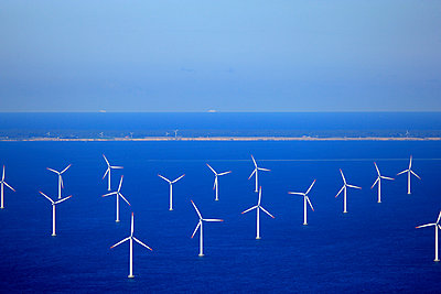 Wind farm Rødsand - p1016m987716 by Jochen Knobloch
