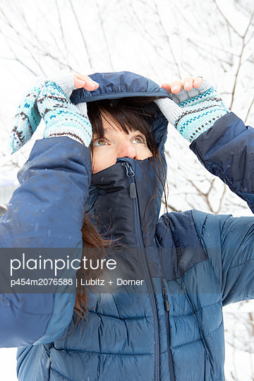 What does the weather look like? - p454m2076588 by Lubitz + Dorner