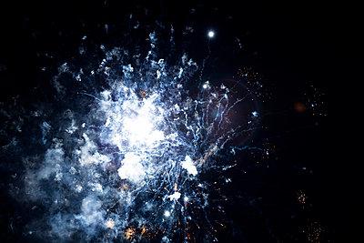 Feuerwerk - p1114m1058188 von Carina Wendland