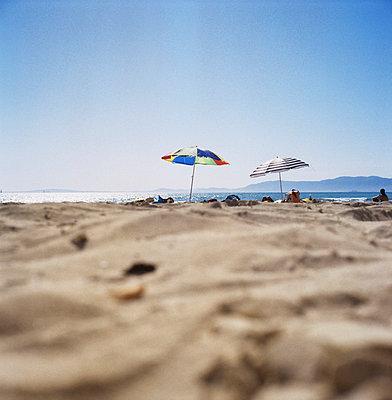 Family on the beach - p7090018 by Axel Kohlhase