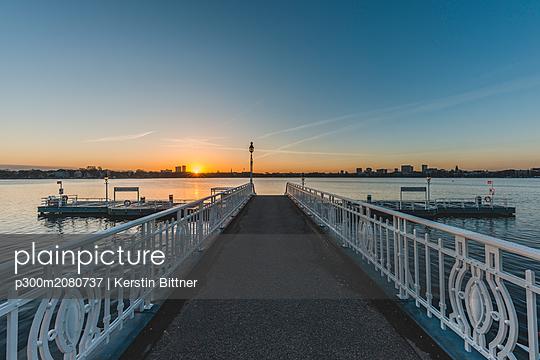 Germany, Hamburg, - p300m2080737 by Kerstin Bittner