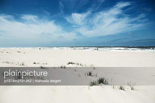 Strand von Norderney - p1574m2191462 von manuela deigert