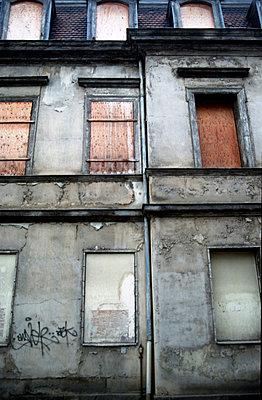 Hausfassade in Gotha - p9792704 von Gellert photography