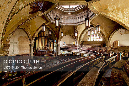 Geometrical abandoned church - p37815420 by Thomas Jorion