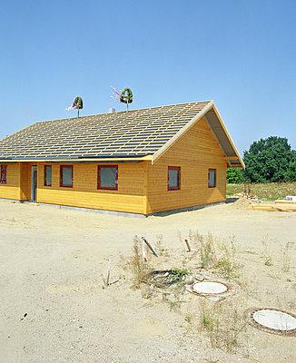 Neubauhaus - p4140022 von Volker Renner