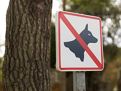 No dogs - p885m891272 by Oliver Brenneisen