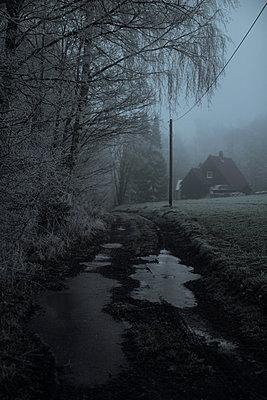 Weg - p1327m1161995 von elenahelfrecht