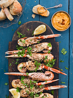 Crayfish on plate - p312m1075991f by Matilda Lindeblad