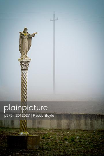 p378m2012027 von Paddy Boyle