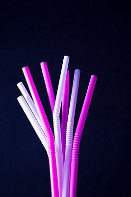 Straws - p1149m2116619 by Yvonne Röder
