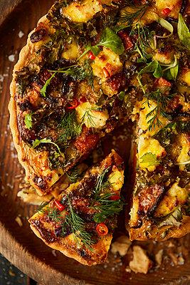 Fresh pizza - p1640m2261077 by Holly & John