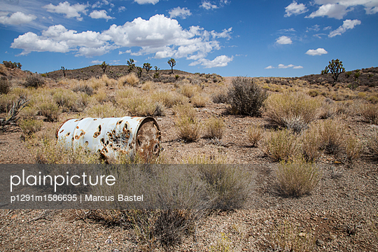 Old oil drum - p1291m1586695 by Marcus Bastel