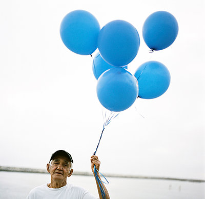 Blue Balloons - p1182m1005151 by Val Patterson