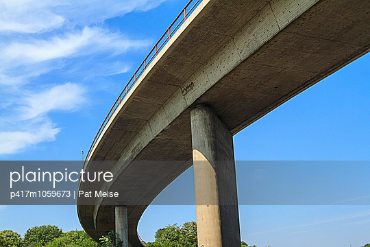 Motorwaybridge - p417m1059673 by Pat Meise