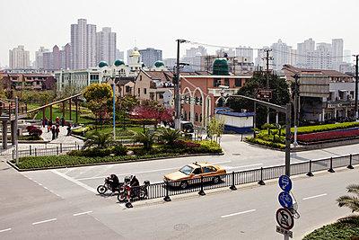 Shanghai - p9100025 by Philippe Lesprit