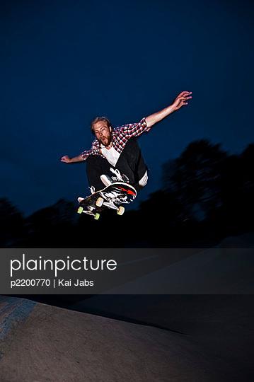 Skateboard fahren - p2200770 von Kai Jabs