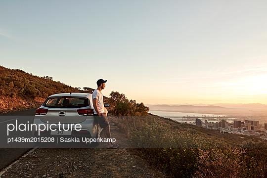 Sonnenaufgang am Lionshead - p1439m2015208 von Saskia Uppenkamp