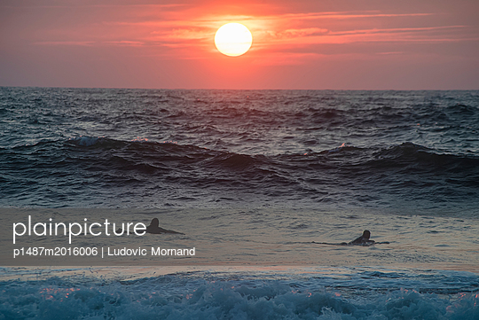 Endless summer - p1487m2016006 by Ludovic Mornand