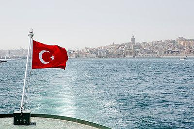 Auf dem Schiff durch Istanbul - p1357m1207532 von Amadeus Waldner