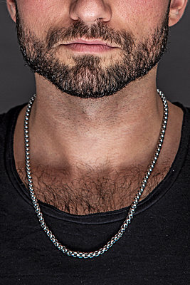 Man with beard - p975m2100172 by Hayden Verry