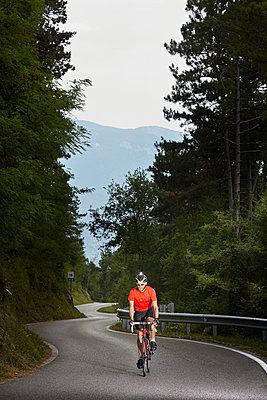 Rennrad fahren - p1294m1508124 von Sabine Bungert