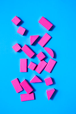 Toy blocks - p1149m2028500 by Yvonne Röder