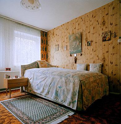 Gemachtes Bett - p1271m1084006 von Maurice Kohl