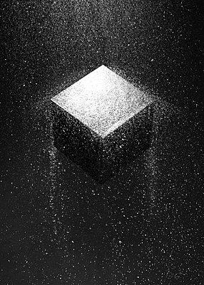 A cube among fine waterdrops, CGI - p1652m2230676 by Callum Ollason