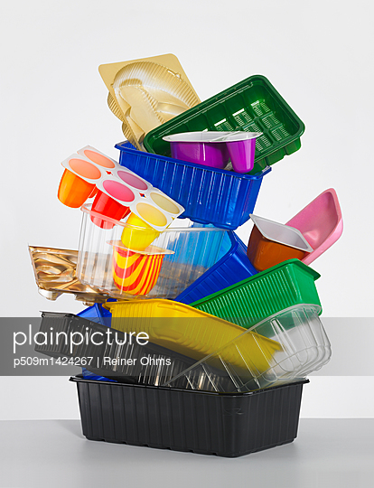 Plastic Waste - p509m1424267 by Reiner Ohms