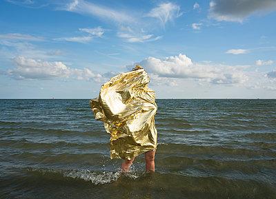 sandbank situations - p1132m1486814 by Mischa Keijser
